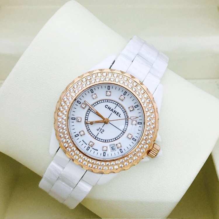 Конечно, для того, чтобы купить часы chanel, следует заплатить кругленькую сумму, ведь рейтинговый престиж стоит дорого.