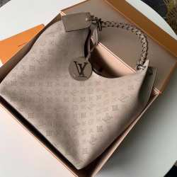 Сумка Louis Vuitton Carmel